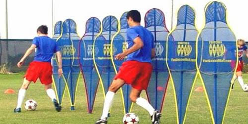 Menjadi ahli sepak bola